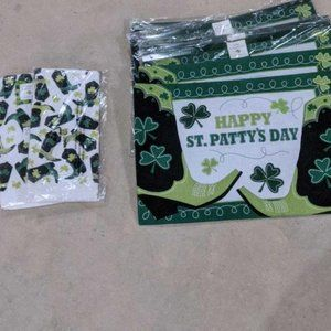 LOT OF 6 ST PAT'S PLACEMATS AND 2 TOWELS ALL NEW